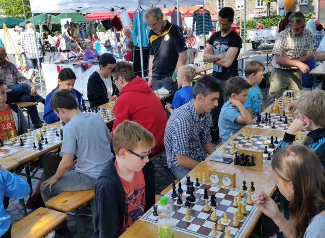 Schach Neumarkt 2016